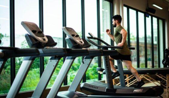 Dieta przy ćwiczeniach na siłowni